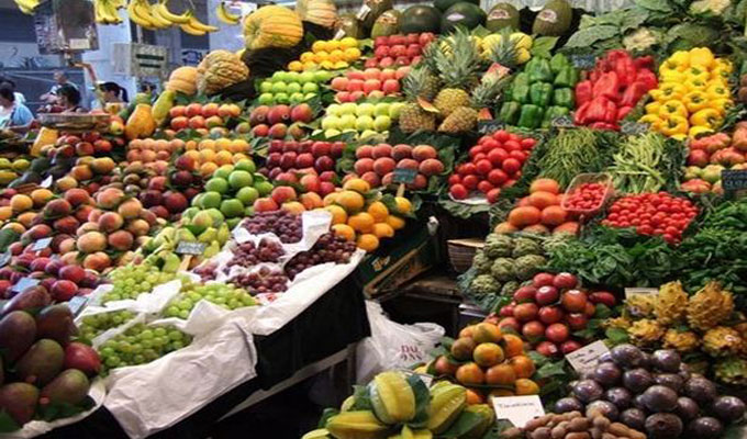 sosieté-marché, comme à l'accoutumée, le mois sacré de Ramadan...