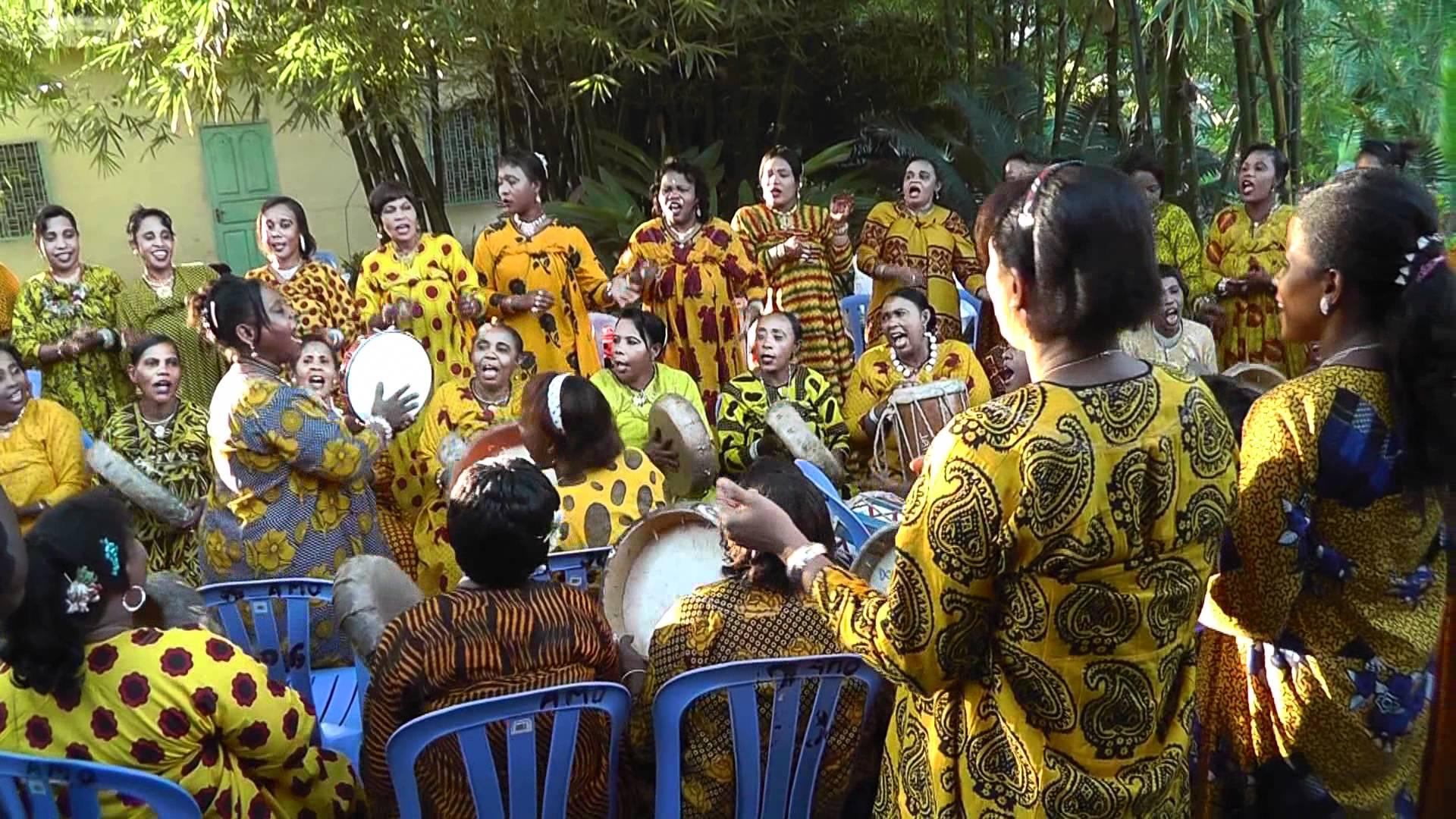 Tari, danse traditionnelle anjouanaise.